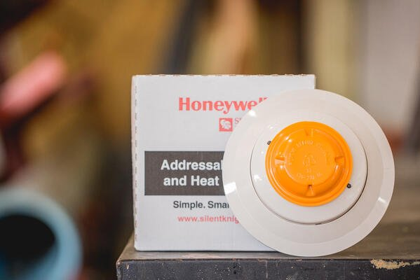 Automatic Addressable Heat Detecting Fire Alarm Initiating Devices