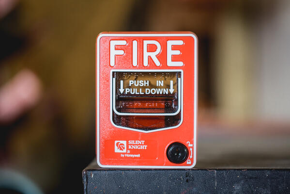 Fire Alarm Manual Pull Down Initiating Device